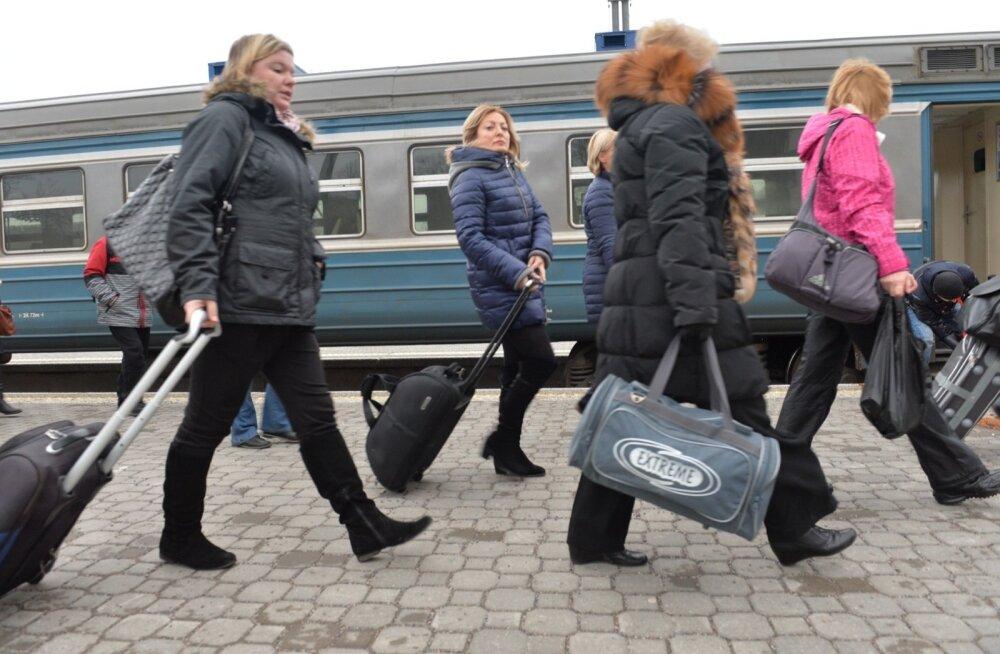 Siseturistide arv suurenes, Vene turistide arv vähenes jätkuvalt
