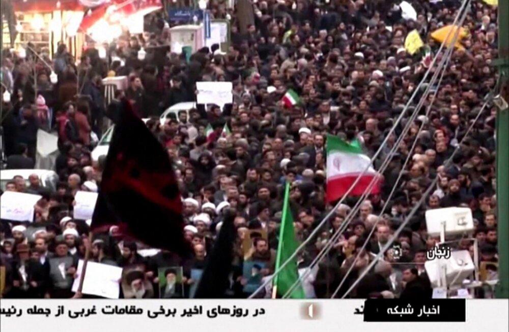 """Iraanis jätkuvad meeleavaldused, mis presidendi sõnul """"ei ole midagi"""""""