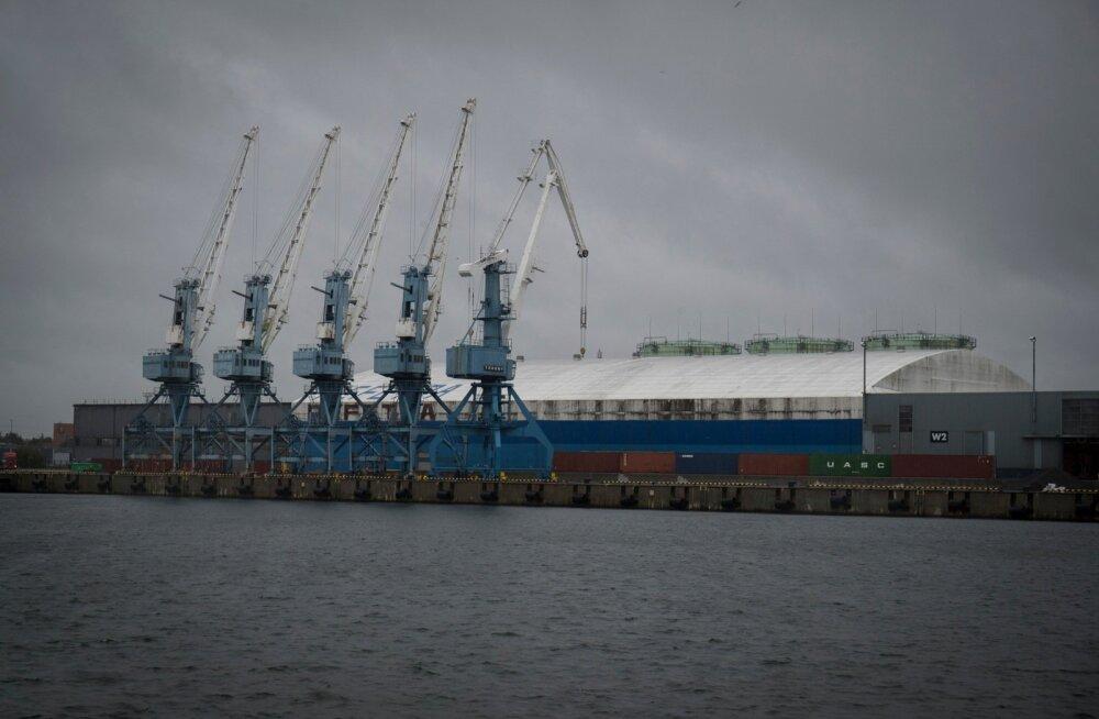 Hamburger Hafen und Logistik AG ostab ära Transiidikeskuse. Muuga sadam