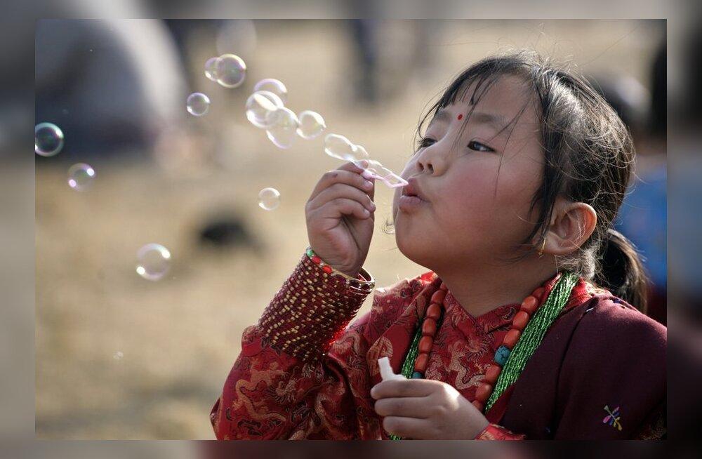 Minu Nepaal: koolist, kus füüsiline nuhtlemine on täiesti normaalne