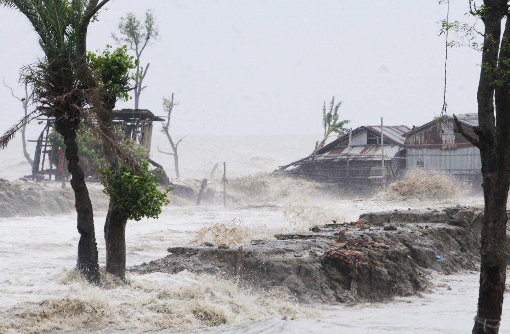 Tsüklon Amphan on toonud Indiasse ja Bangladeshi surmavat hävingut