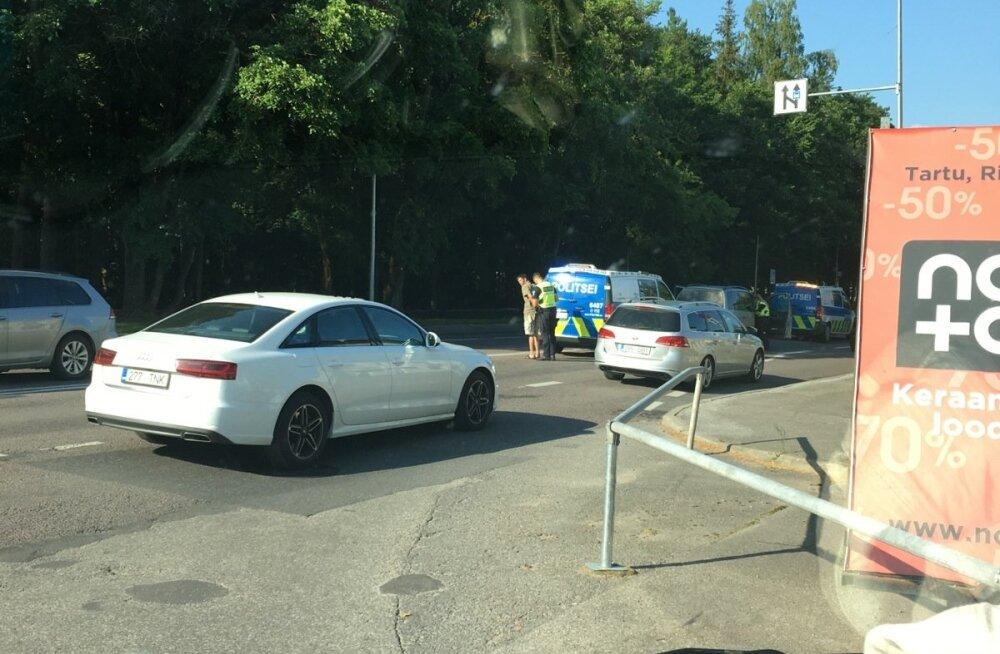 Tartus Riia maanteel peeti kinni mees
