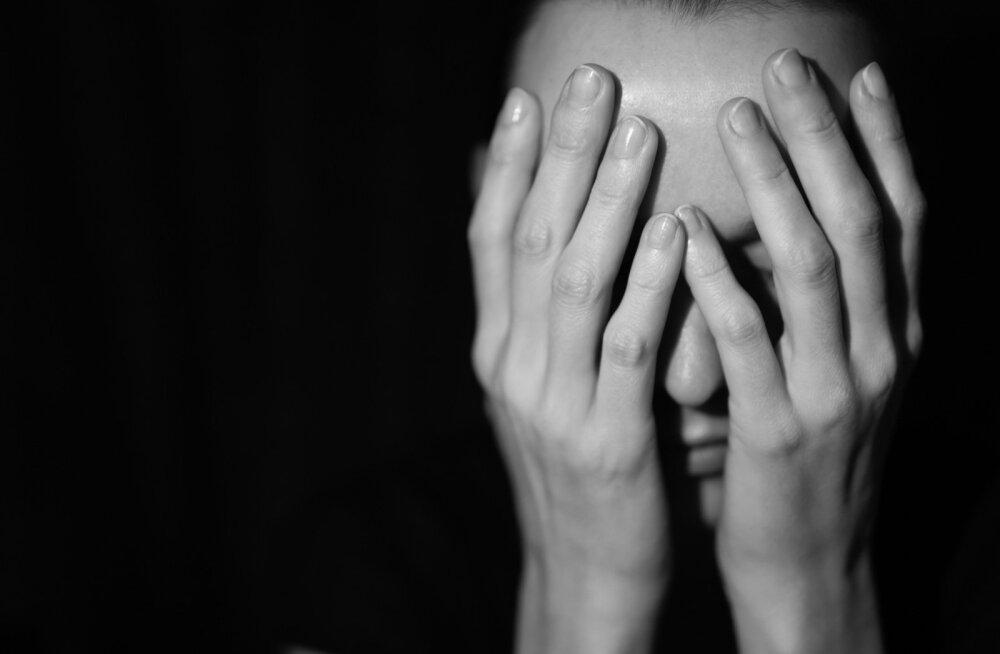 Жертва домогательств психиатра Мехилане: он не отпускал меня. Он не отпускал меня