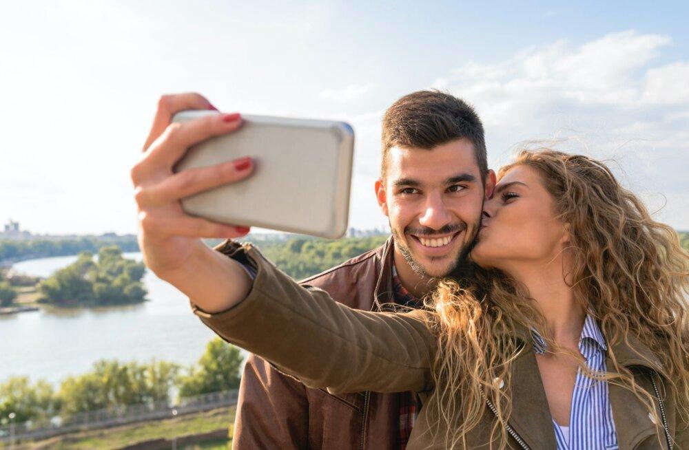 Секреты идеального селфи: 5 полезных приложений для ретуширования портретных фотографий