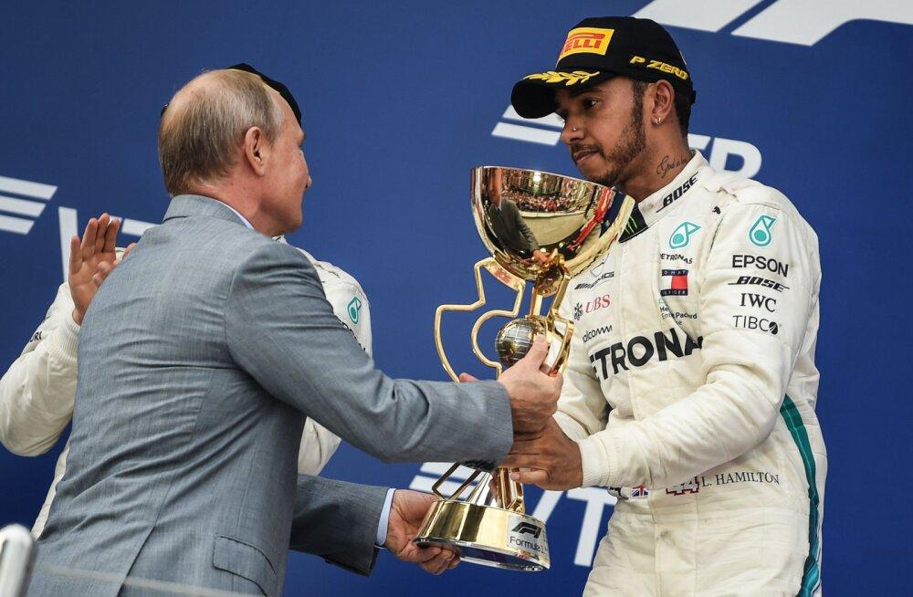 VIDEO | Putin esitas Venemaa GP võitnud Hamiltonile autasustamise eel hoiatuse