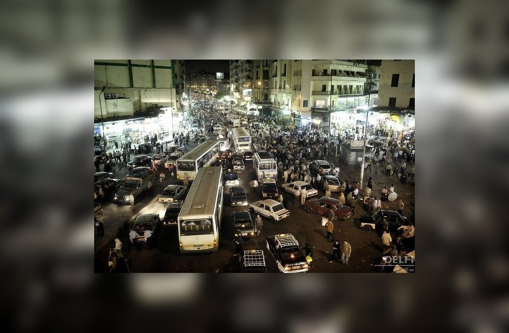Tüüpiline liiklus Kairos. Mitte ummik. Foton Ezequiel Scagnetti, Reporters