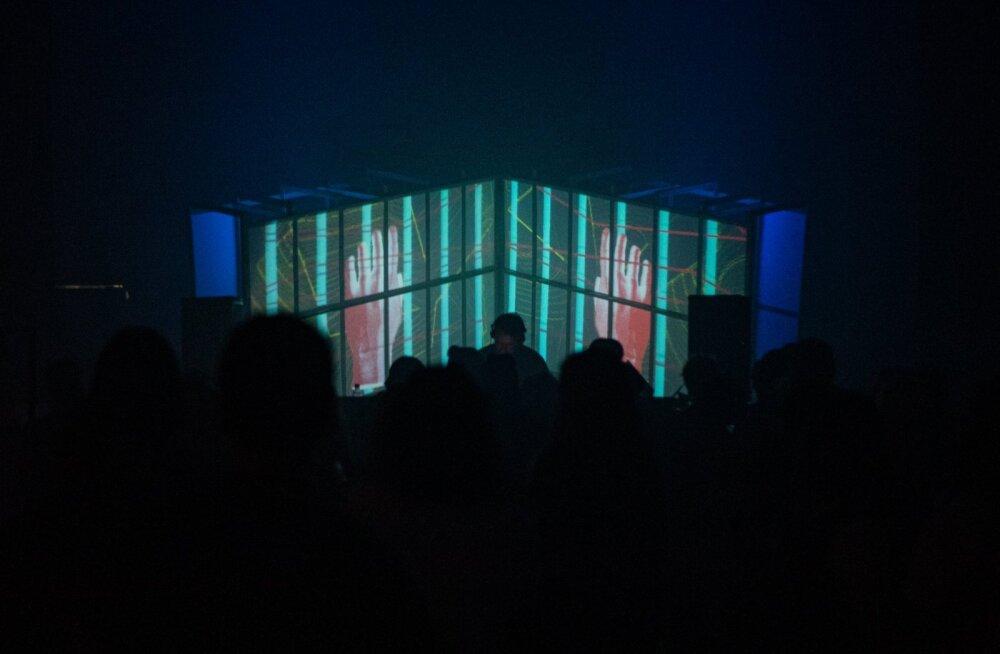 Heategevus <em>techno</em> saatel: klubis HALL toimub heategevusreiv