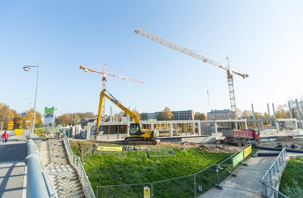 Palgasurve hoiab ehitushinnaindeksit tõusutrendis