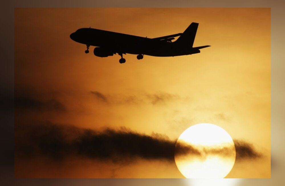 Приземление самолета вызвало панику в аэропорту Амстердама