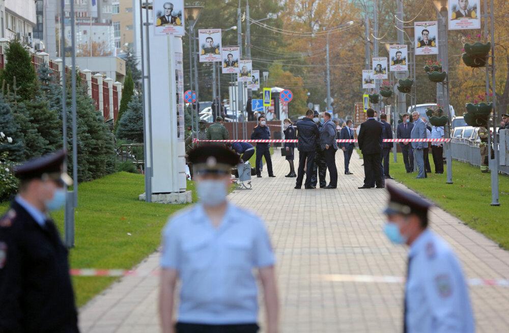 Venemaal süütas ajakirjanik end põlema, tehes enesetapu: süüdistage palun Vene riiki