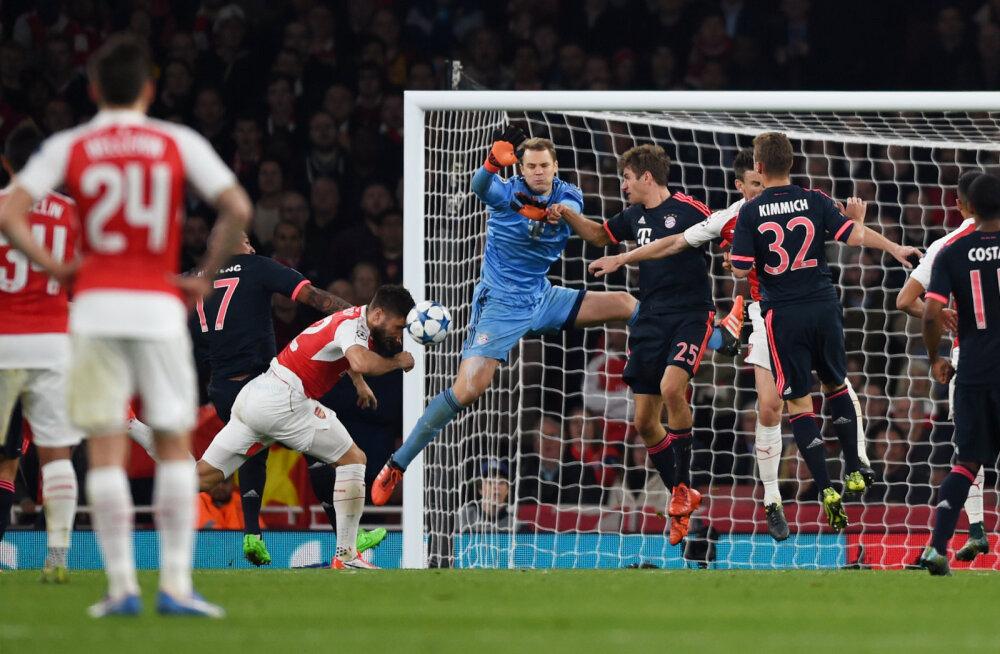 Olivier Giroud lööb Neueri eksimuse järel värava
