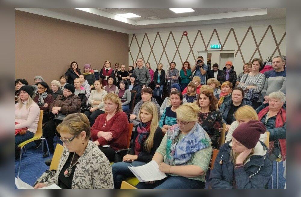 Скандал не утихает: 32 из 135 учеников Нарвской православной гуманитарной школы покидают ее