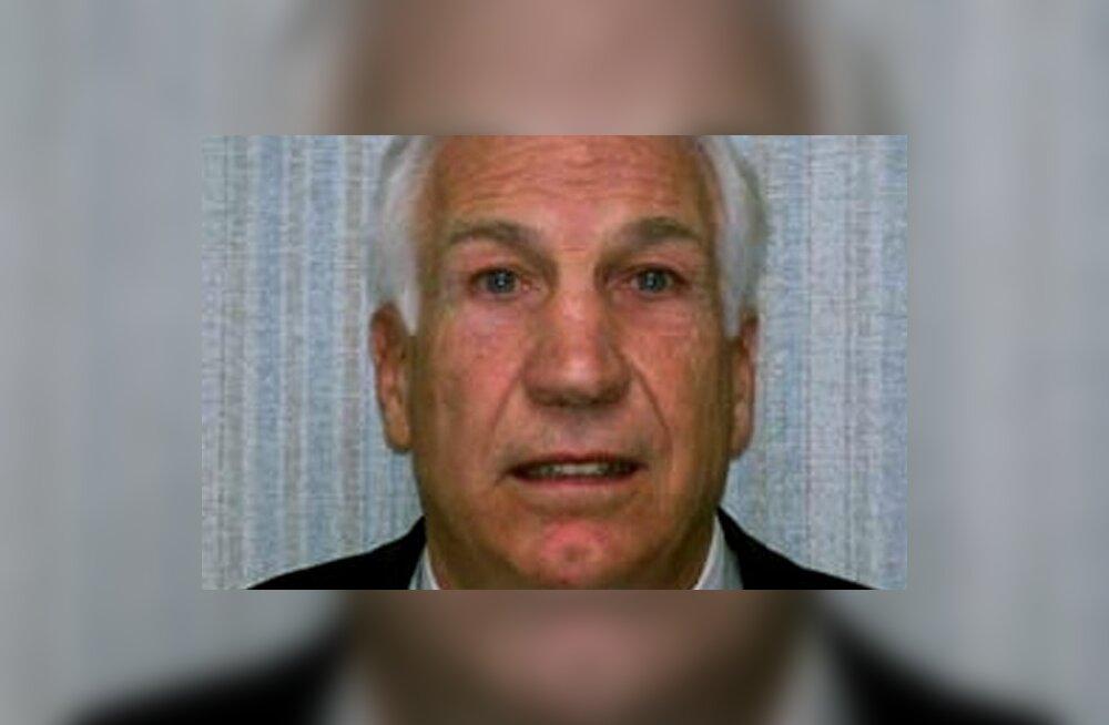 Lapsevägistamises süüdistatav USA treener: käisin poistega duši all, aga ei ole pedofiil