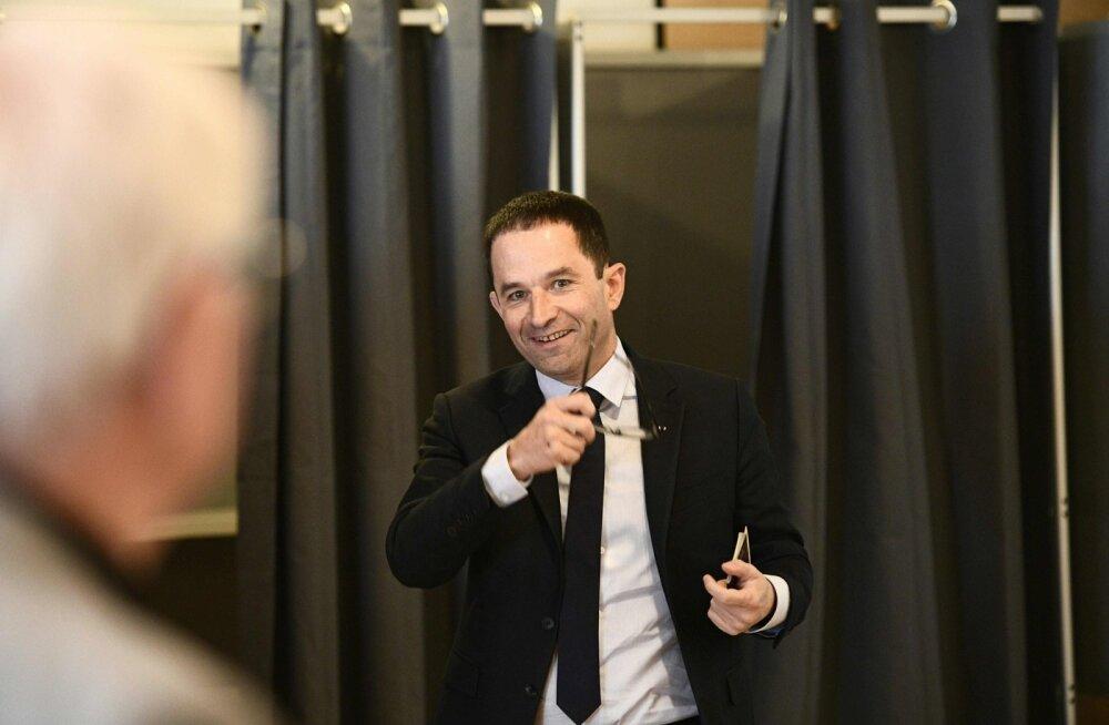 Benoît Hamon väljus eile valimiskabiinist naerulsui, ent õhtul kinnitasid lävepakuküsitlused varem arvatut: sotsialistide kandidaat jäi teistest kaugele maha.