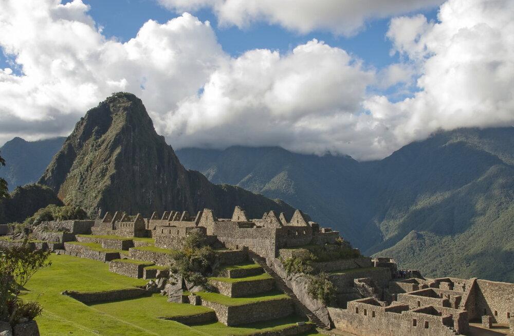 Iidsete kultuuride uurija: elu Maal pendeldab kuldsete ja pimedate ajastute vahel