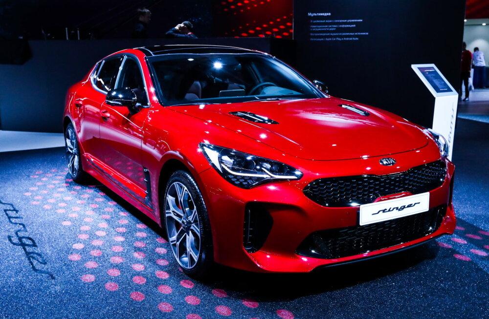 Mis värvi on armastus ehk kui hästi müüb Eesti aasta auto 2019 Kia Stinger?