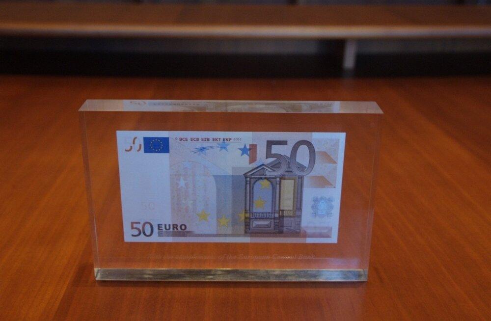 Наглости нет предела: нашедший наушники стал требовать вознаграждение в 50 евро