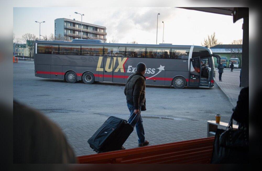 LuxExpressi buss