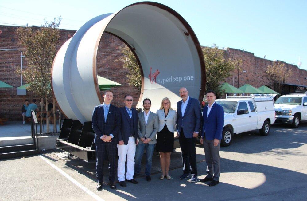 Kadri Simson kohtus LA-s Virgin Hyperloop-One'i kaasasutaja ja CTO Josh Giegeli ning nende uue CEO Jay Walderiga.