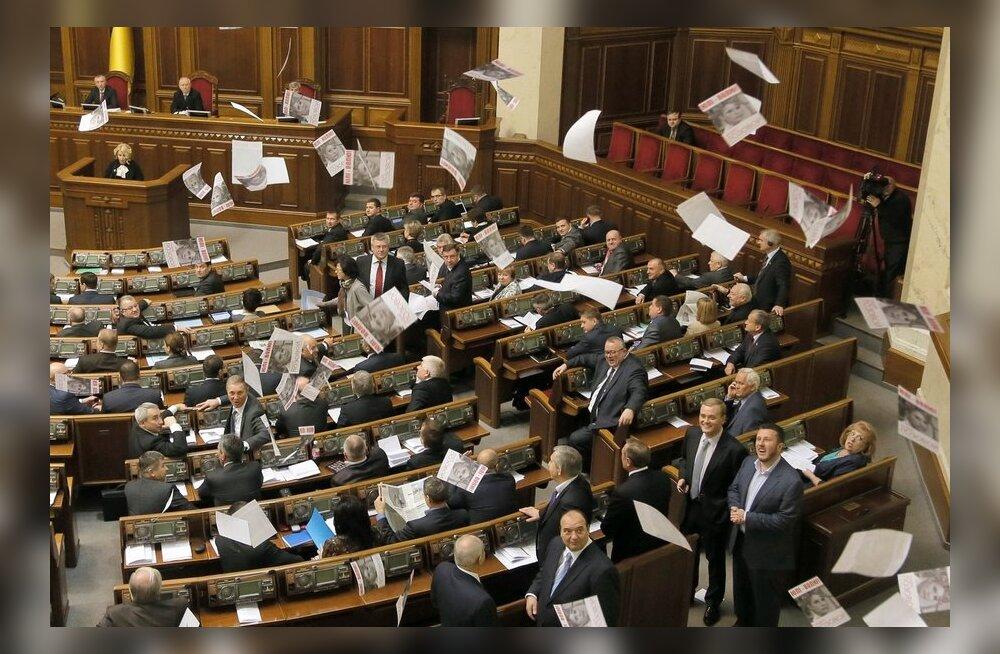 Ukraina parlament ei toetanud Tõmošenko vabastamist võimaldavaid eelnõusid