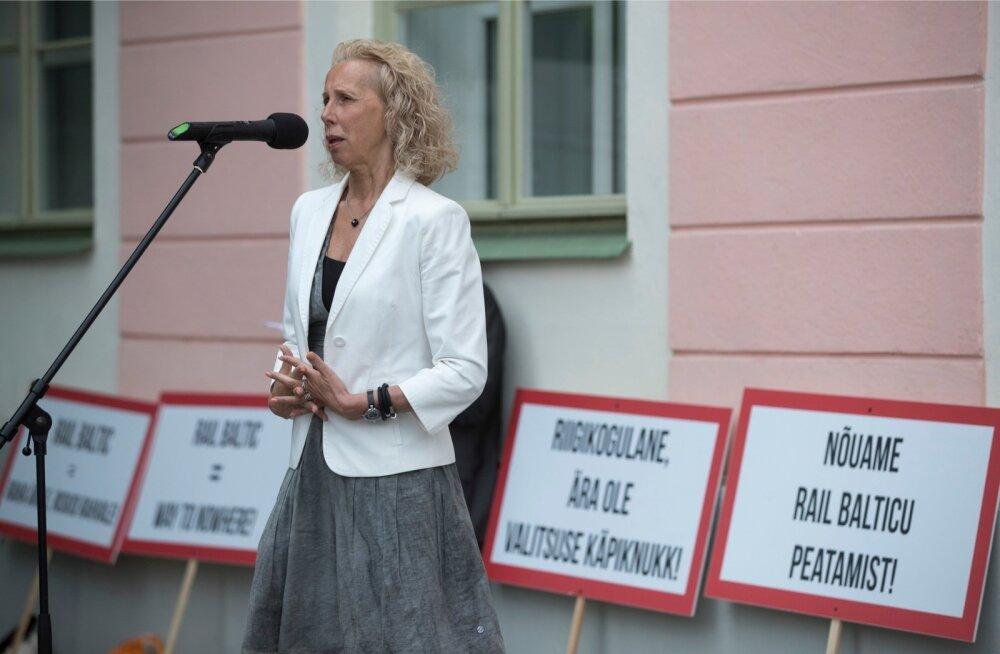 Ukraina ärimees sai Kersti Krachtilt raha asemel vaid lubadusi.
