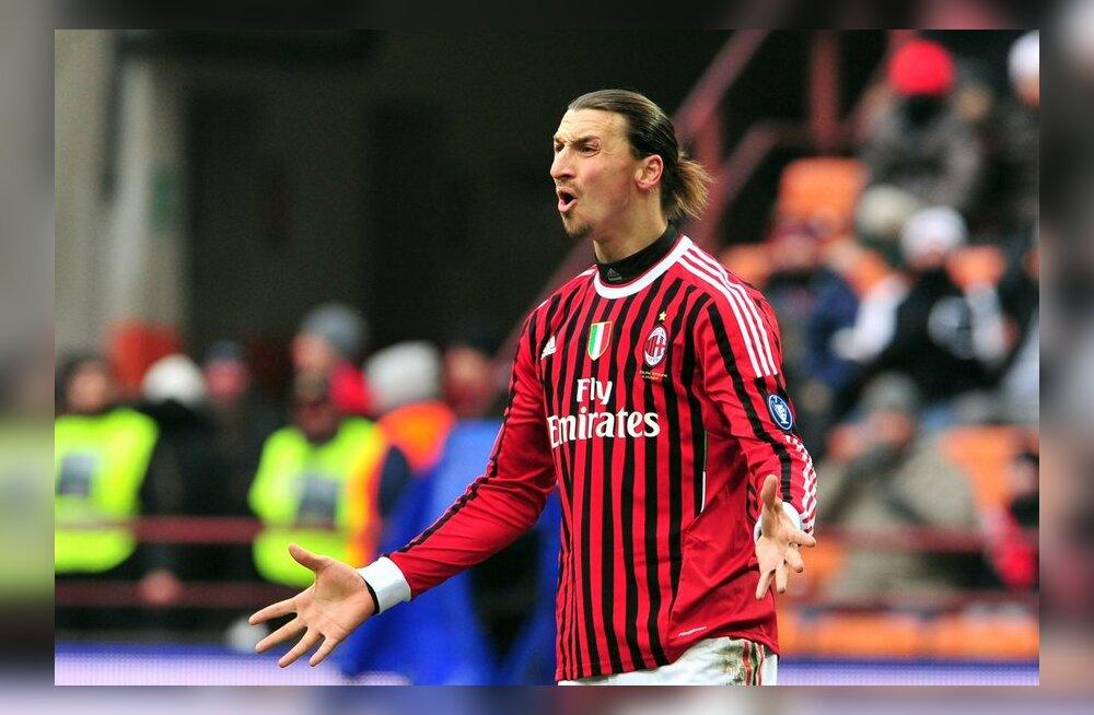 Zlatan Ibrahimovic peab väljakult minema sammuma, jalgpall