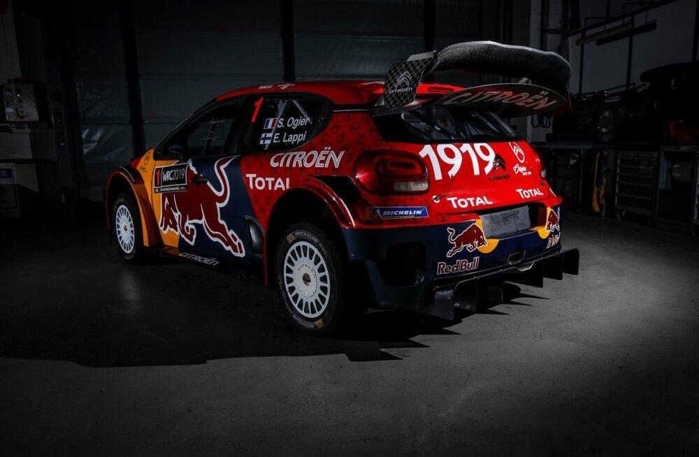 FOTOD | Ogier ja Lappi hakkavad uuel hooajal kihutama uued värvid saanud Citroeni masinas