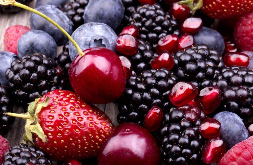 Maiustamiseks valige marjad ja puuviljad, need on hea tuju allikaks.