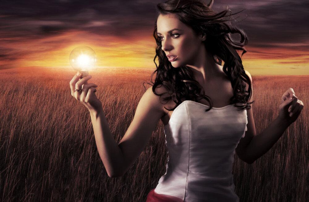 Too oma jõud praegusesse hetke | Hoides oma tunded ja mõtted minevikus, suunad ka oma eluenergia sinna