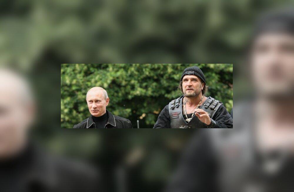 FOTOD: Putin käis tsiklimeestega vennastumas