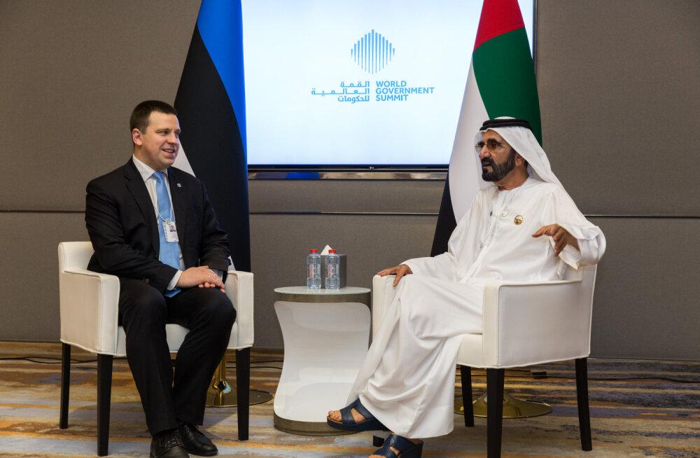 Премьер-министр Ратас: мы надеемся скоро открыть прямое авиасообщение с Дубаем