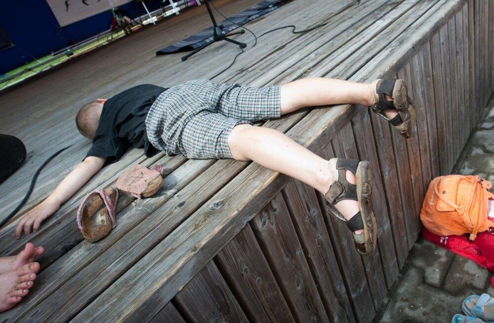 Качество сна в детстве влияет на развитие алкоголизма