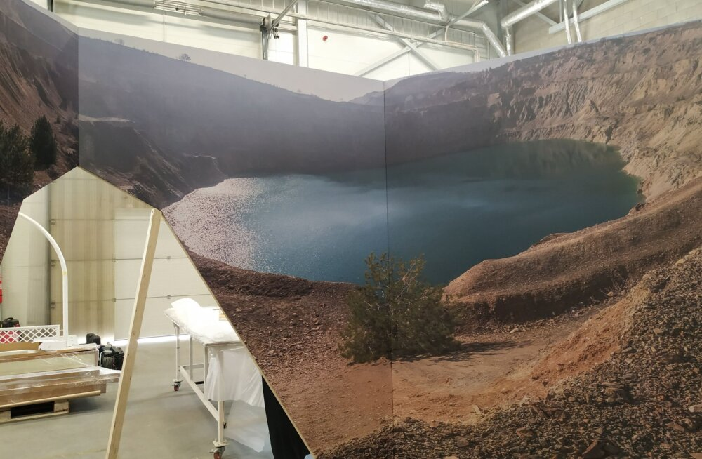 На передвижной выставке в Таллинне можно потрогать полезные ископаемые разных стран
