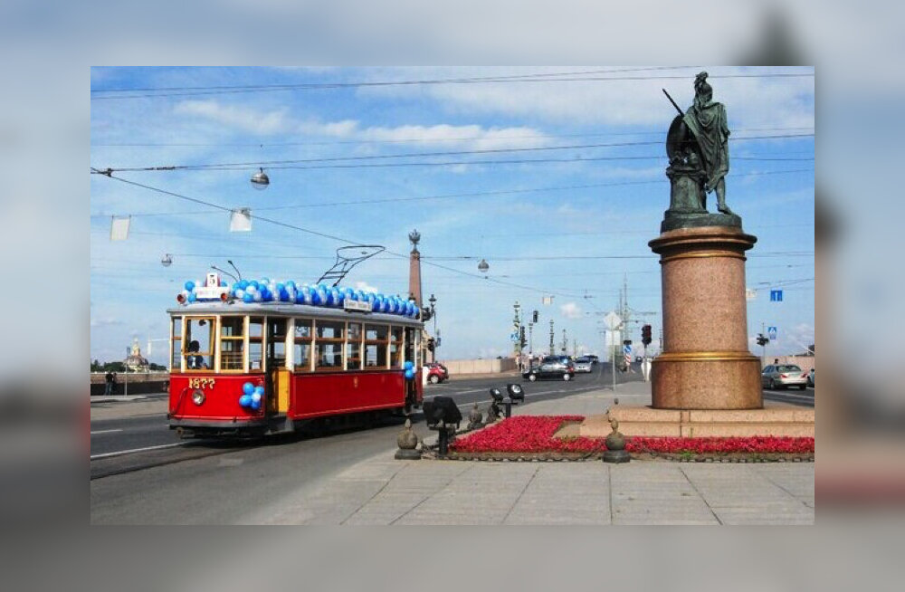 С 1 июня в Санкт-Петербурге начнет курсировать туристический ретро-трамвай 1920-х годов