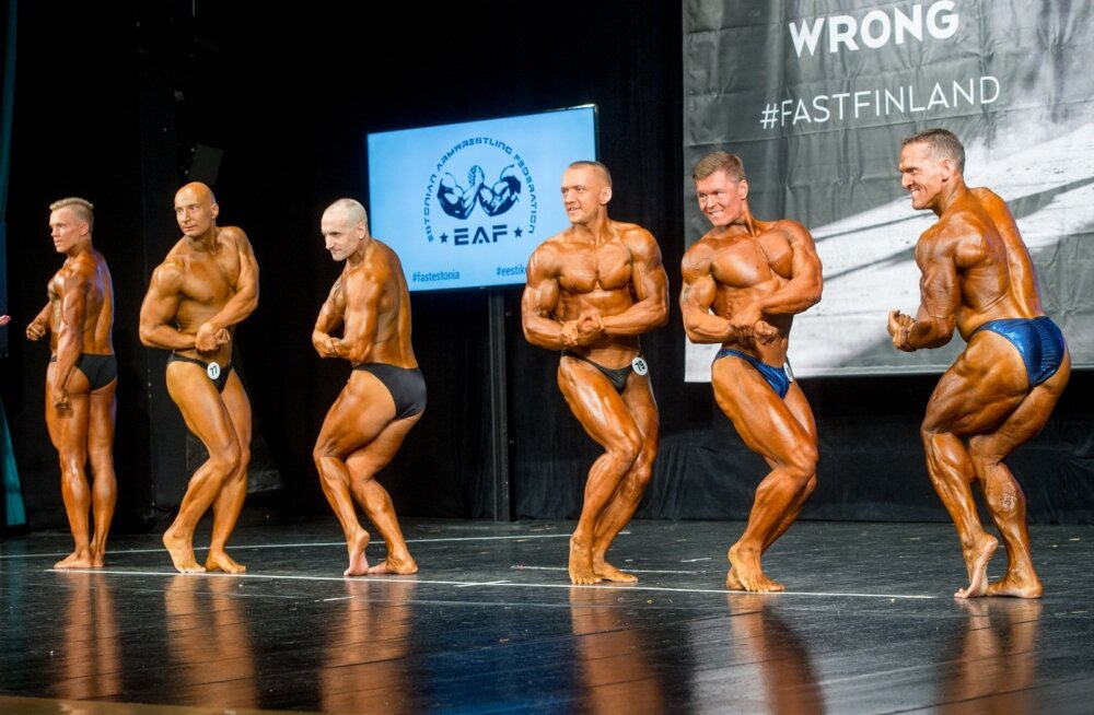 Parempoolne mees on Eesti esikulturist Ott Kiivikas, temast vasakul seisavad õpilased Raigo Kuusnõmm ja Ivo Parveots. Viimane andis positiivse dopinguproovi.