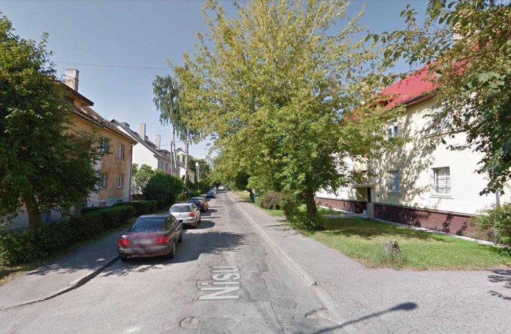 Tallinnas pikalt elanikele peavalu valmistanud auklik Nisu tänav saab uue kuue