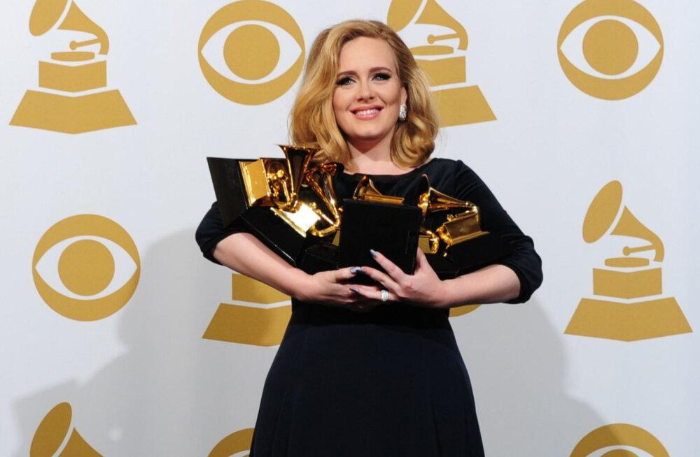 Adele vapustav kaalulangetus — kuidas ta üleliigsetest kilodest vabanes ja millest täna toitub?