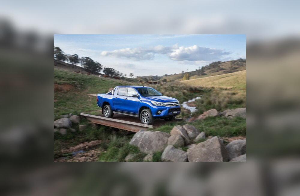 Toyota näitas kastiauto Hilux uue põlvkonna esindajat