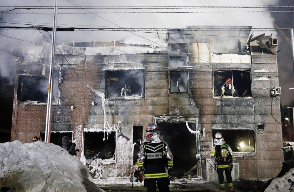 Jaapanis hukkus rahalistes raskustes inimeste majutuspaiga tulekahjus 11 inimest