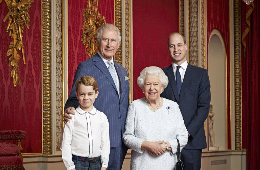 KLÕPS | Troonipärijad reas! Briti kuninglik pere tegi uue aasta puhul uue perepildi