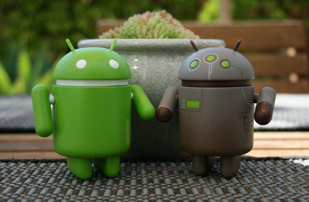 """""""Tehnotropid"""": Kuidas saada veendunud Apple'i kasutaja Androidi kasutama? Anna talle hea telefon!"""