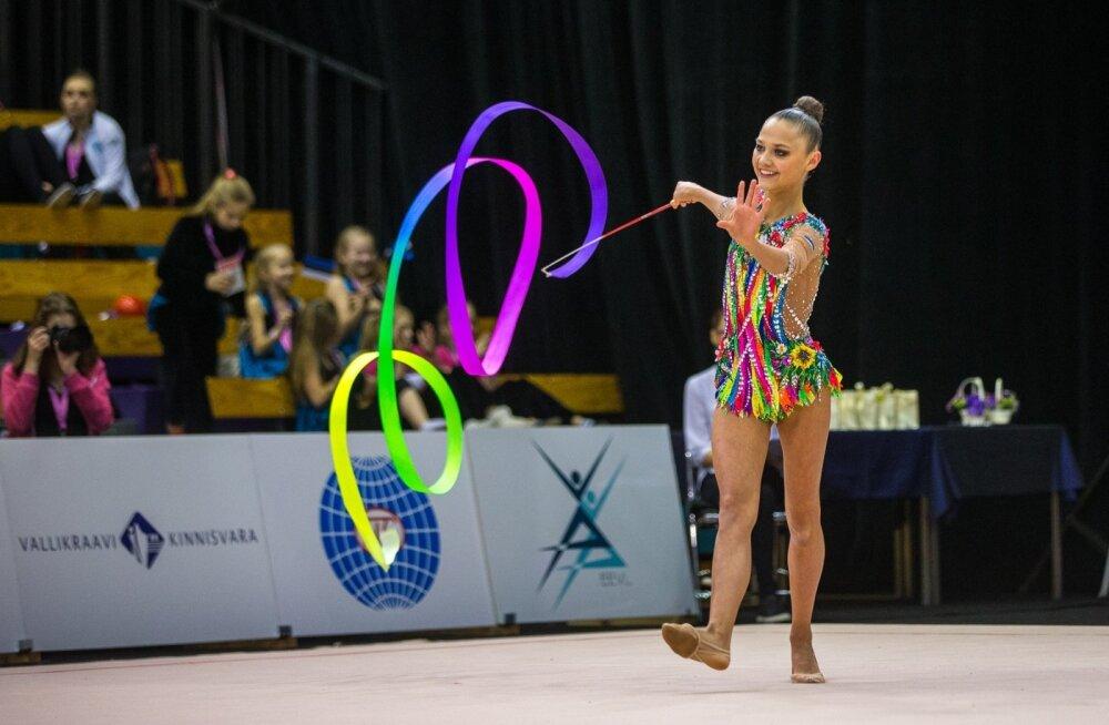 """Janika Vartlaan võistlusel """"Miss Valentine 2016"""""""