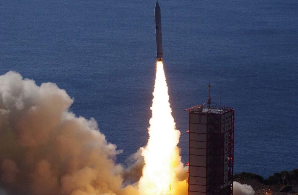 Jaapanlased läkitasid kosmosesse kunsttähesadu sisaldava satelliidi