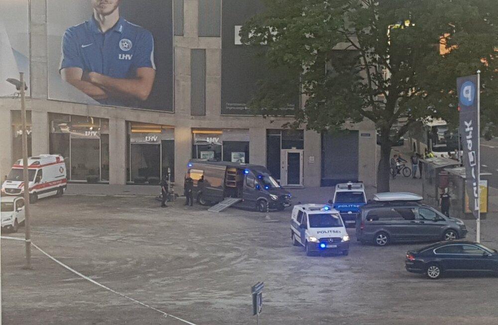 Второе подозрение на бомбу за день: на парковке здания LHV на Тартуском шоссе работают саперы