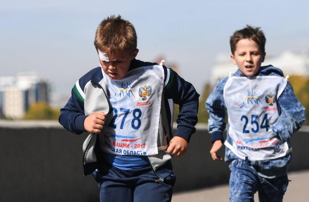 Märkimisväärne hulk laste vigastusi on saadud sportides. Foto on illustratiivne.