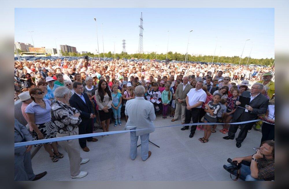 DELFI FOTOD ja VIDEO: Savisaar ja Glebova avasid suure rahvamassi ees Tondiraba jäähalli