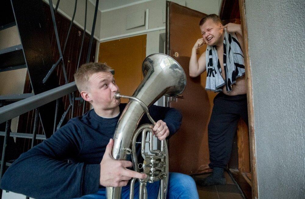 Kortermajas elades tuleb taluda normaalset olmemüra, aga pasunamehele, kes oma instrumenti öösel törtsutab, võib politsei kutsuda.