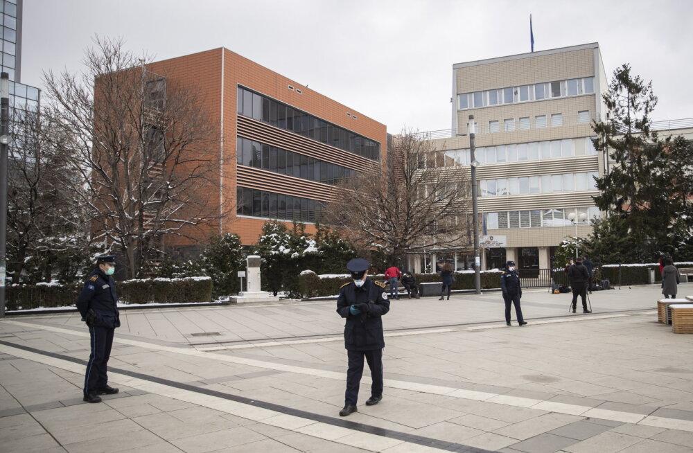 Kosovos kukutasid erimeelsused koroonakriisi üle valitsuse