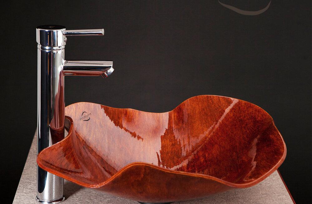 Kodumaine unikaalsete vineervalamute arendaja valmistub astuma keraamiliste kraanikausside pakkujate kandadele