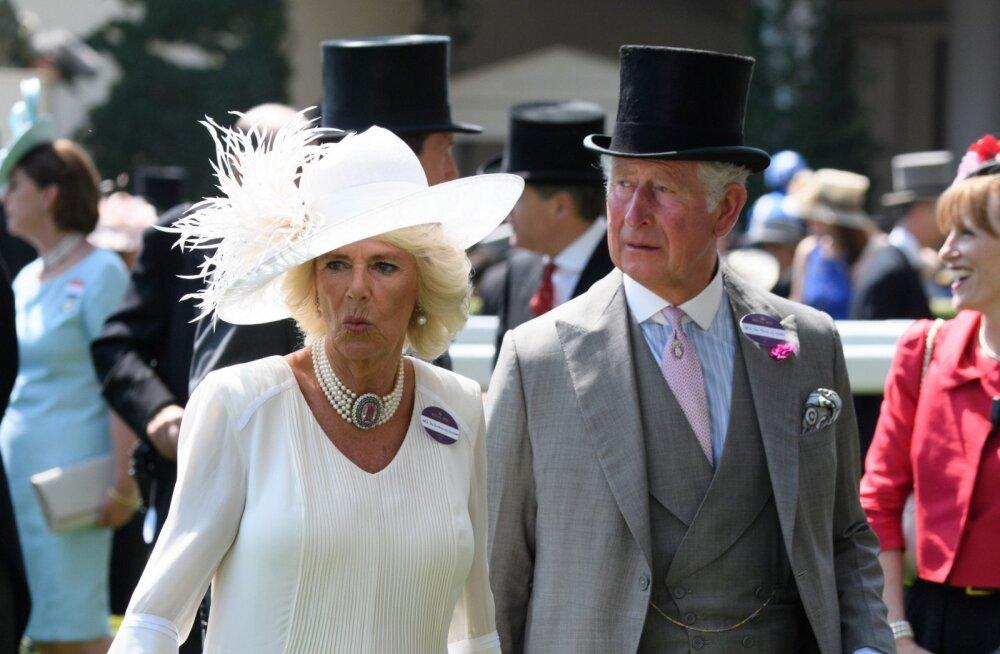 Värske elulooraamat: Prints Charles valas enne Dianaga abiellumist suurest kurvastusest pisaraid